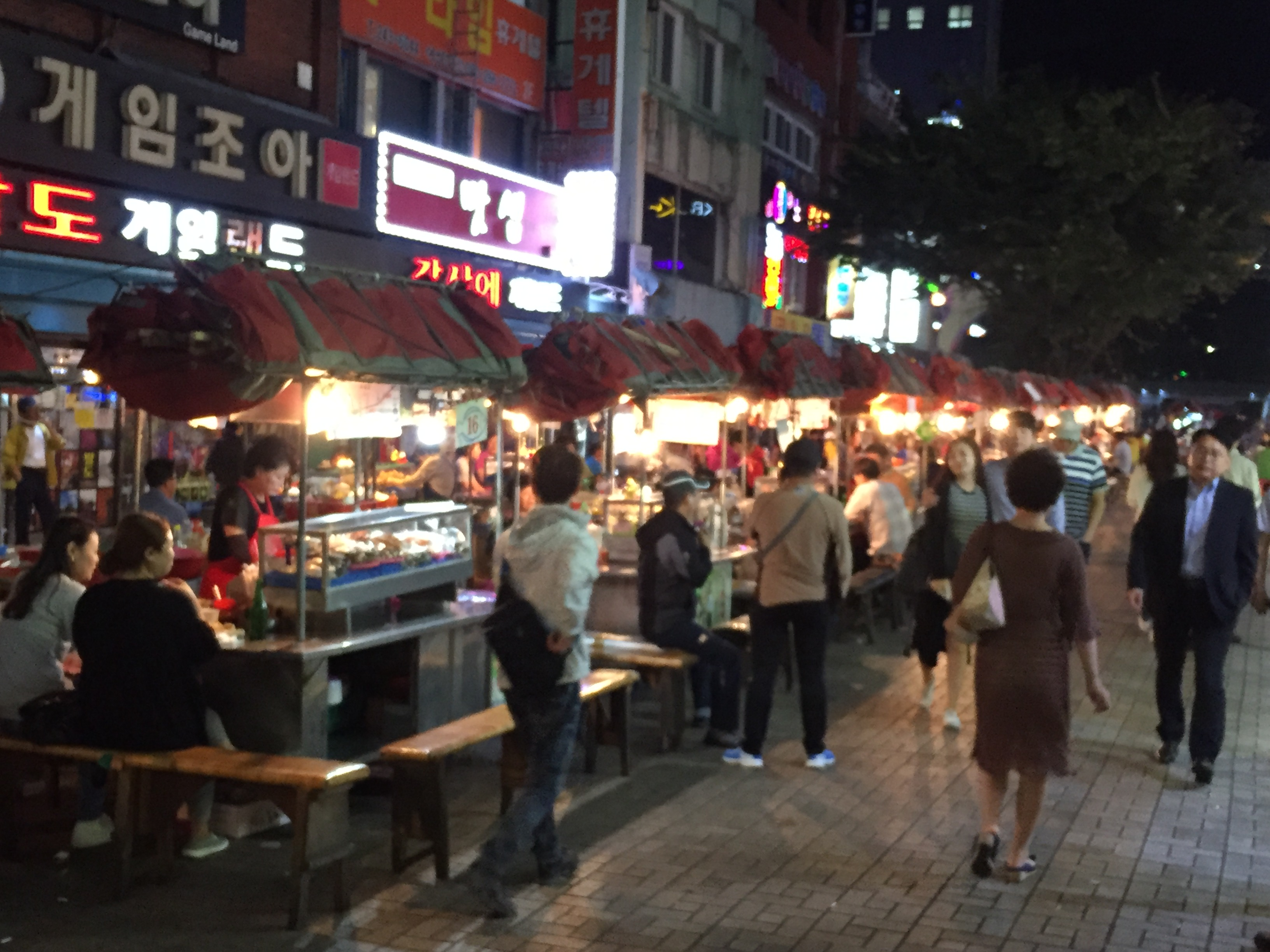 biff square open air cook food stalls of korean cuisine and seafood